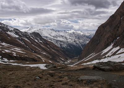 Pogled v dolino in prehojeno pot