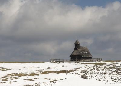 Cerkev Marije Snežne na Veliki Planini