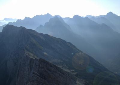 Pogled iz vrha proti Mojstrovkam