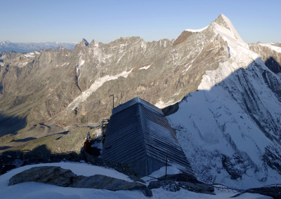 Bivak Carell 3830 m.n.v.