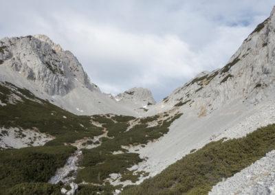 Vrtača, Zelenjak in dolina Suhega ruševja