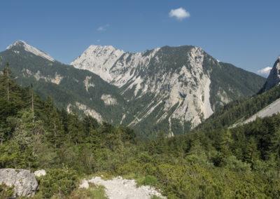 S pogledom na greben Košute zaključimo turo
