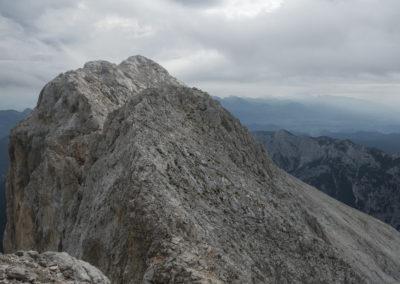 Prihod na sedlo kjer se nam odpre pogled na vrh