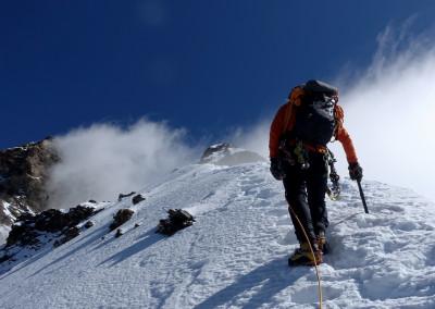 Proti grebenu Grand Tour 4241 m.n.v.