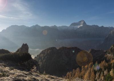 Pogled v dolino in na Triglav