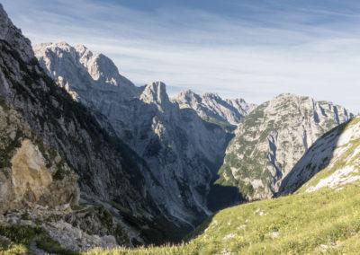Pogled na vrhove nad Zadnjico