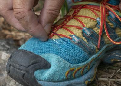 Silvo se odloči, da si bo zašil čevlje