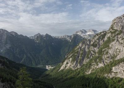 Pogled v dolino proti Kaninu